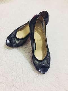 Authentic Christian Louboutin Ambro Lace Pump Black heels