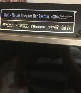 Bluetooth sound bar with wireless subwoofer