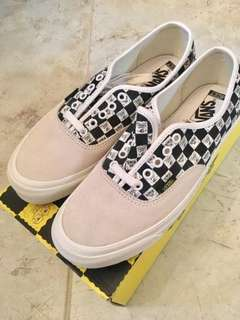 (Limited) SpongeBob SquarePants x Vans Vault OG Authentic LX Checkerboard