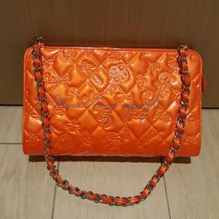 CHANEL 100% new 橙色幸運草 patent orange calfskin