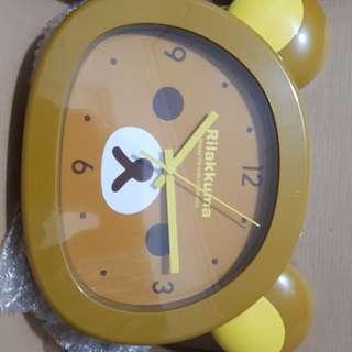 Rilakuma clock