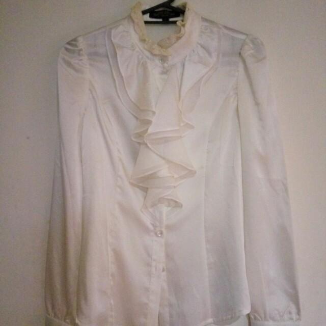 韓貨理優白絲綢緞面宮廷襯衫