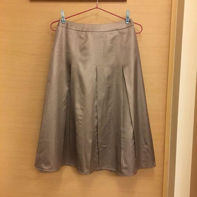 金屬色打褶中長裙