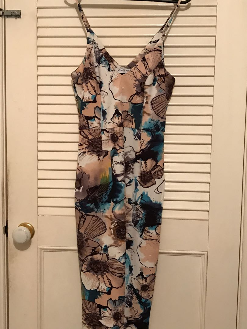 Atmos and Here dress size 8