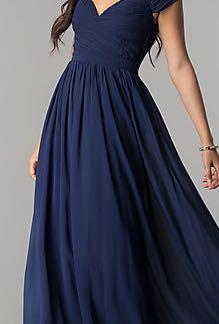 BNWT Formal Beaded Dress size 2 Reg Price $275+ tax!!