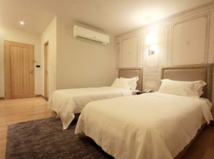 Boutique hotel (Bangkok) at central location for your next holiday!Limited time only!