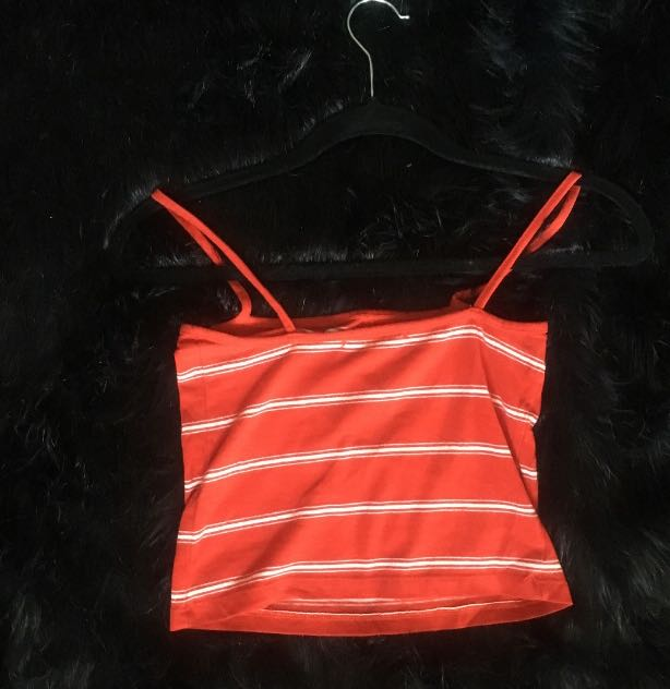 Brandy red cropped top