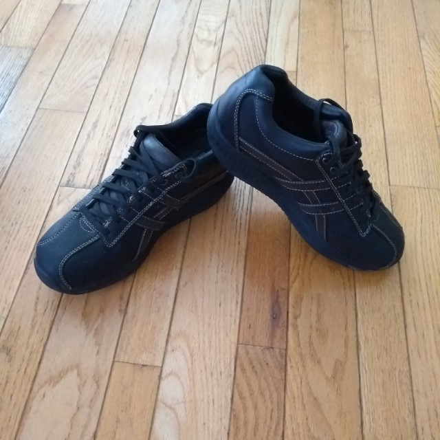 Casual shoes - size 10.5