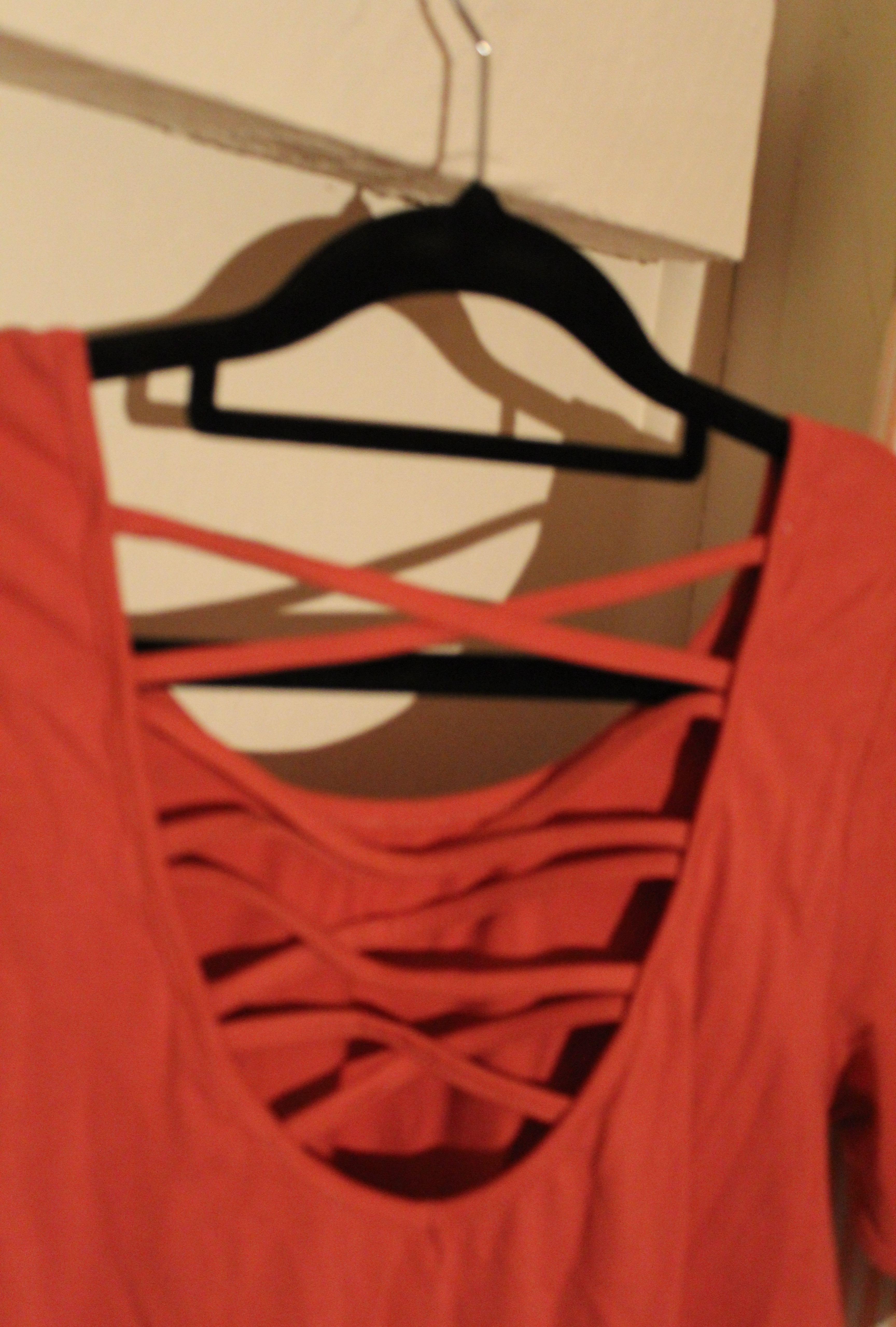 cross back shirt