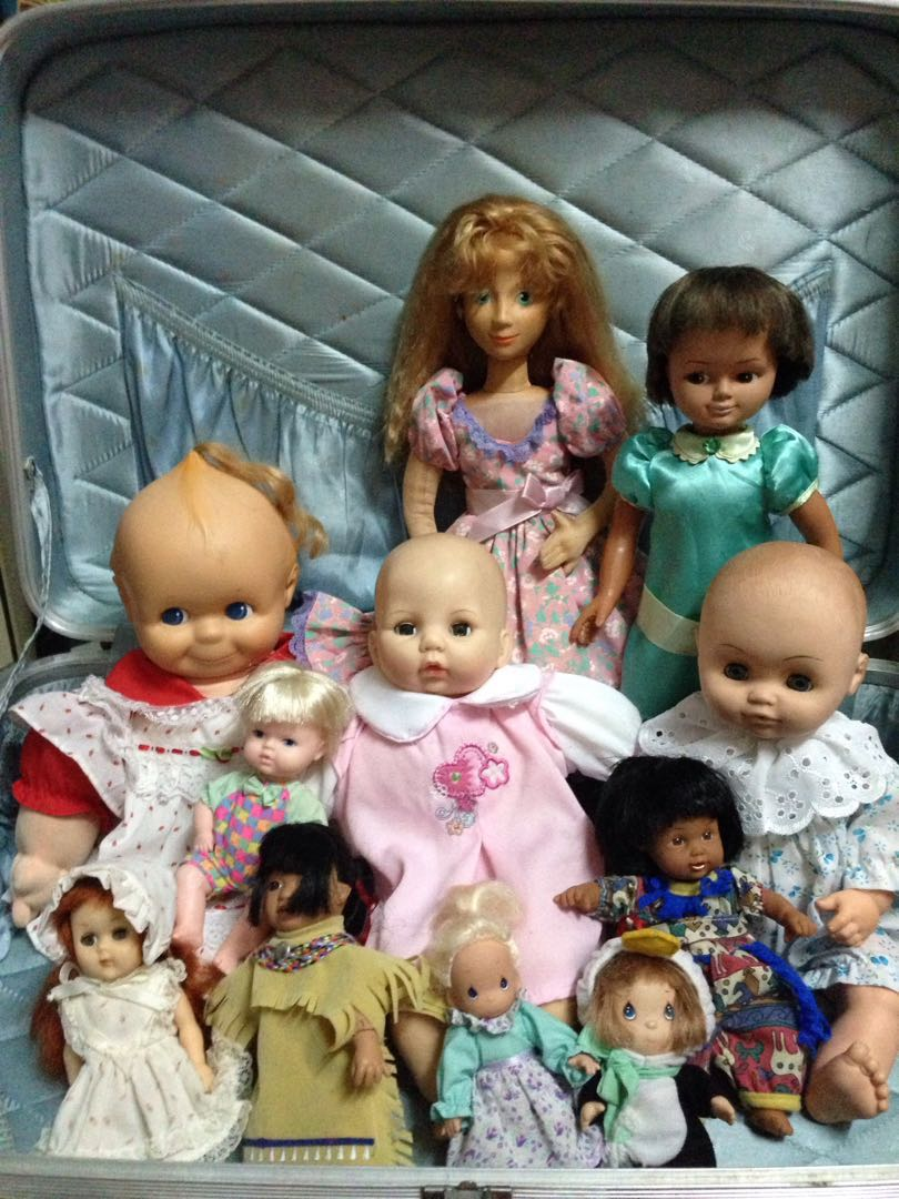 SALE! Eleven (11) Dolls and Clothes set