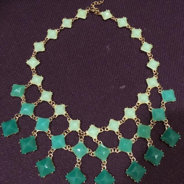Emerald green choker waterfall necklace