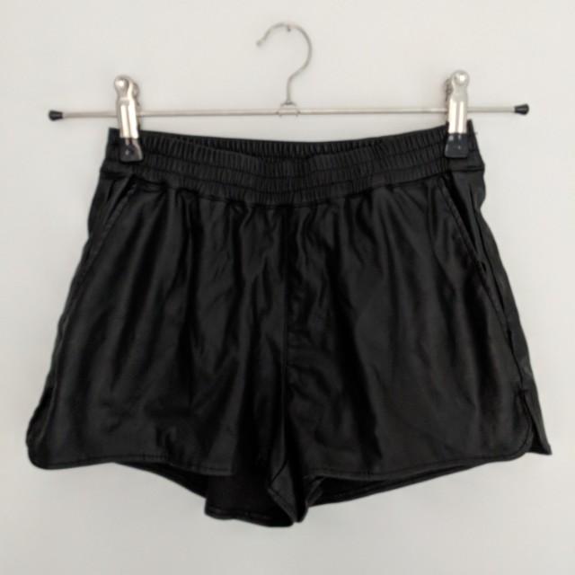 H&M faux leather shorts Sz 4