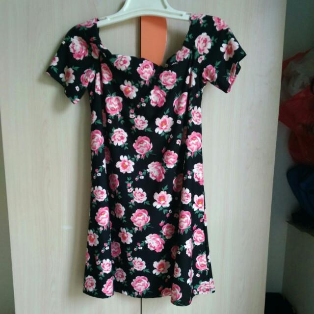 H&M roses dress
