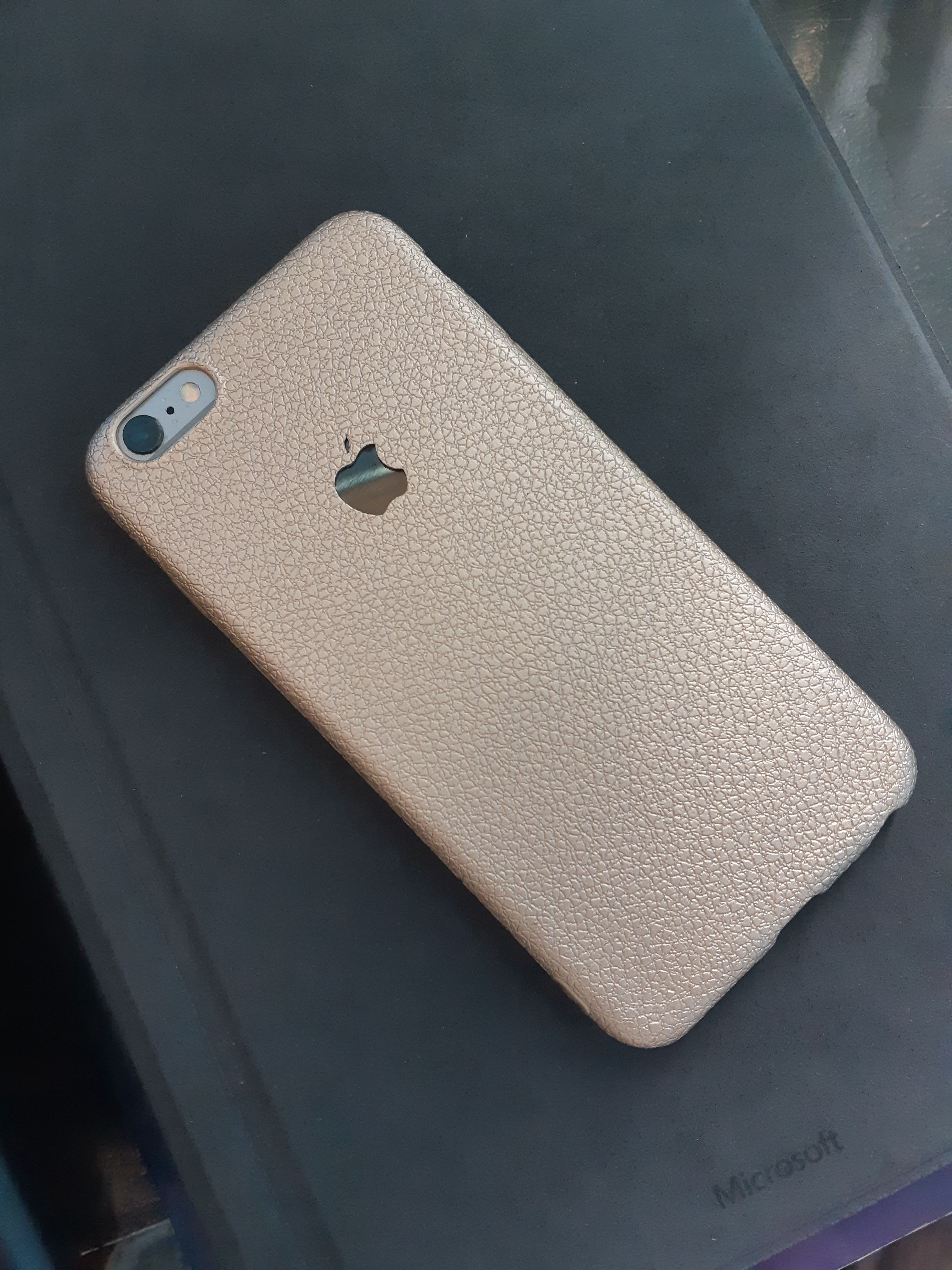 iPhone 6/6s Plus Textured Case