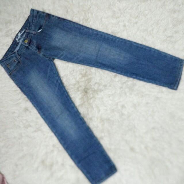 Jeans sz 28