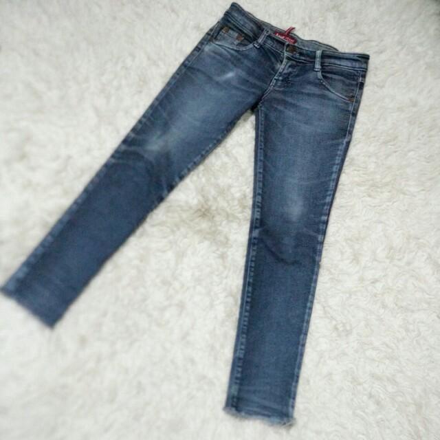 Jeans sz 28 strech