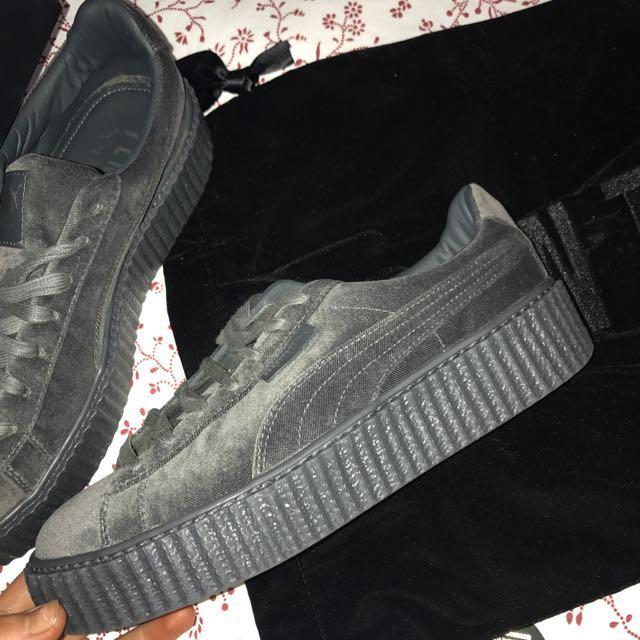 pretty nice f676e 6f6be Rihanna Fenty Runners Size 9.5, Women's Fashion, Shoes on ...