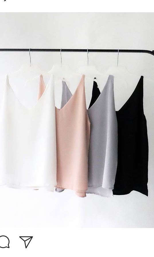 So you collection basic v neck top