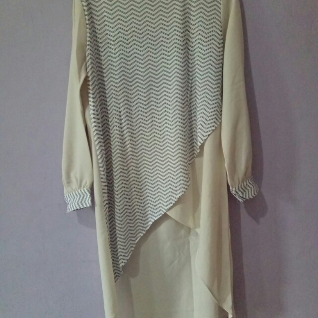 Tunic by Covering Story