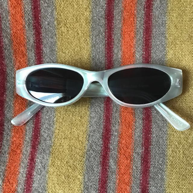 Vintage '90s/early 2000s holographic Matrix Sunglasses