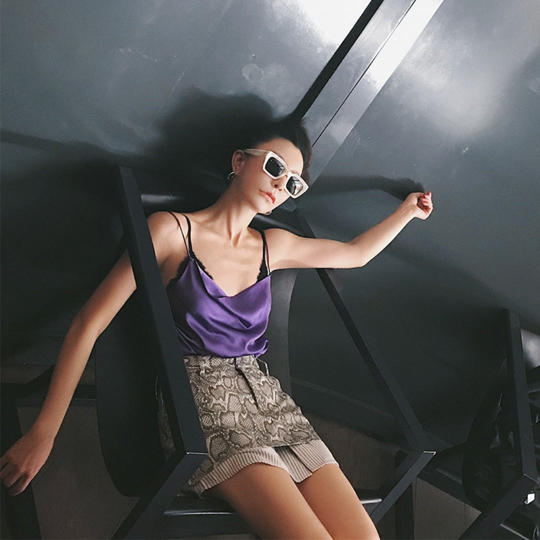 VM 2018春夏歐美 緞面亮面 綁帶設計 基本款百搭吊帶背心 性感 3色