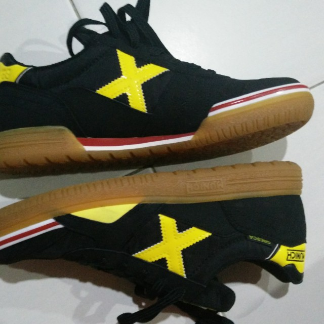 56c384f18 X Munich Gresca 02 (Black) Futsal Shoe