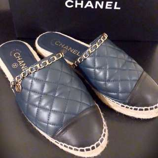 Chanel 拖鞋