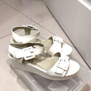 🚚 小高跟白涼鞋 懶人鞋 氣質鞋