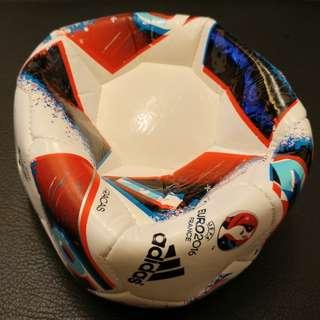 Adidas小童迷你足球 Kid's mini Soccer Ball