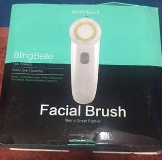 BlingBell facial cleaning brush