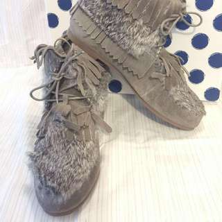 Puzzle 全新兔毛短 boots