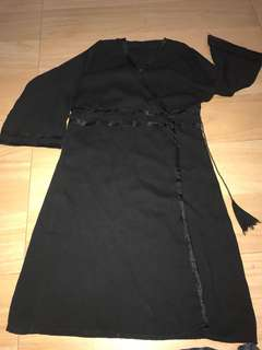 Black Dress/ wrapped around abaya