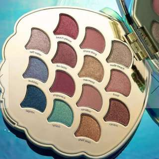 Exclusive and not available in Aus Tarte mermaid eyeshadow pallet