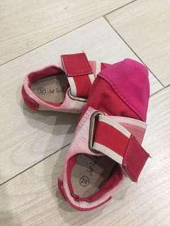 Sepatu Fashion Anak Red Singapore