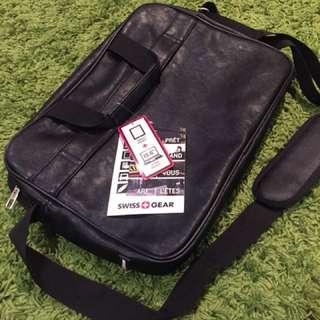 NEW* swiss gear laptop bag