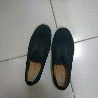 H&M黑色懶人帆布鞋