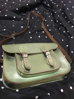 "SATCHEL CAMBRIDGE COMPANY bag 11"" green metallic"