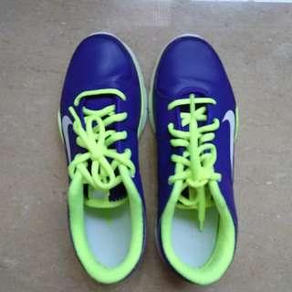 🚚 只有一雙 要就快 加送一條木瓜霜 NIKE 球鞋24號