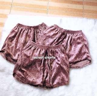 Trendy shorts (velvet boxers)