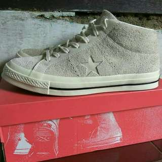 Converse One star mid suede