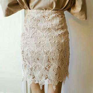 勾花蕾絲包裙 M號