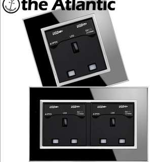 USB Wall Panel with Power Socket!! Come with onsite installation.