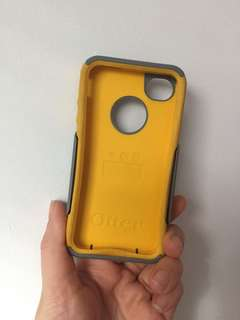 iPhone 4 otter box and speck phone cases