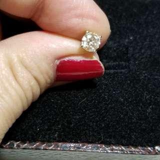 18K50份天然鑽石耳環,沒有證和盒