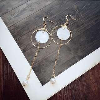 🎠圓形貝紋 珍珠流蘇耳環(可改耳夾)