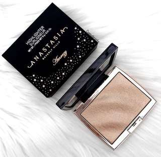 Preorder Amrezy Highlighter Anastasia Beverly Hills