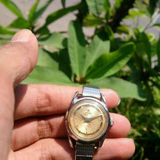 Jam Titoni 21 jewels titoflex manual widing