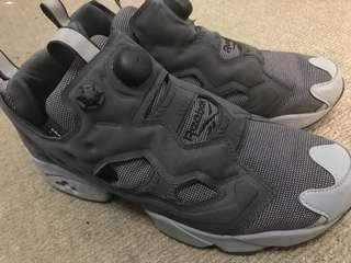 Reebok US size 8 men shoes