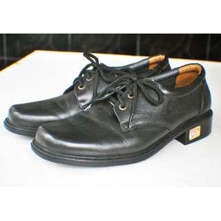 Sepatu Pantofel Pria Hassenda