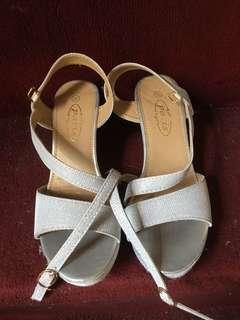 Glittery Fab Sandals!!! 😍😍